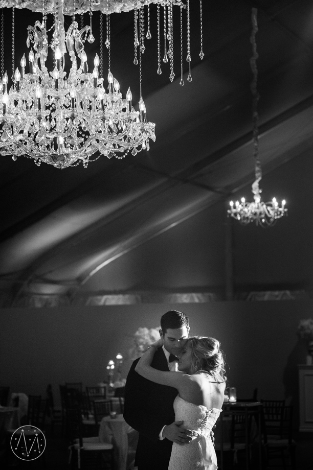 winter wedding at the Fort Worth Zoo (22)