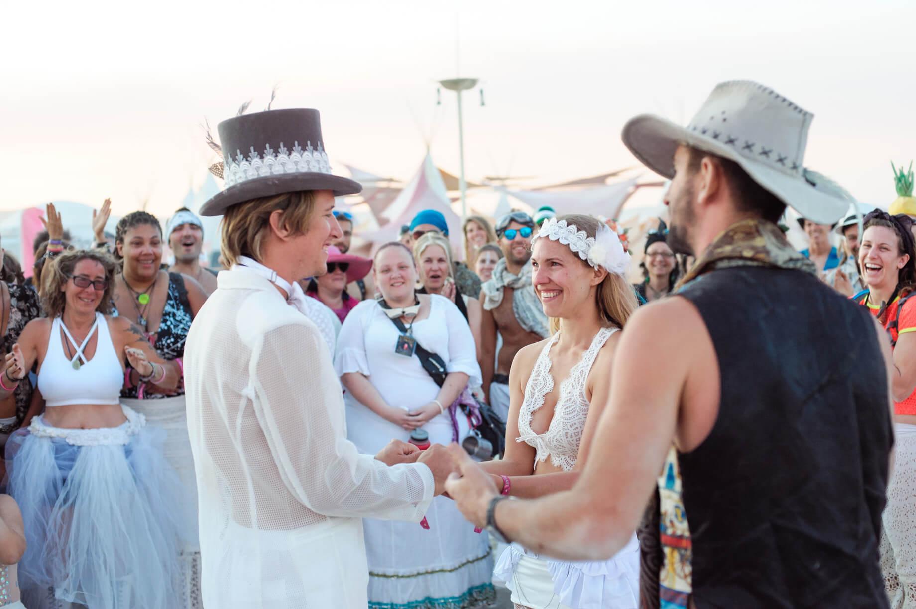 Burning Man Wedding on the Playa in Black Rock City, Nevada (20)